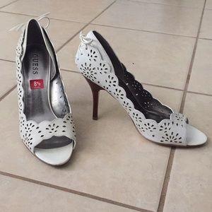 GUESS elegant white peep-toe high heeled shoes